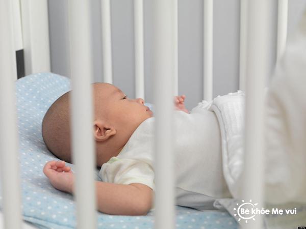 Hạn chế nguy cơ đột tử ở trẻ sơ sinh