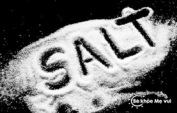 Không có muối trong năm đầu tiên vẫn đảm bảo bé phát triển toàn diện