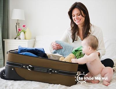 Chuẩn bị hành lý đầy đủ để cùng bé du lịch thôi!