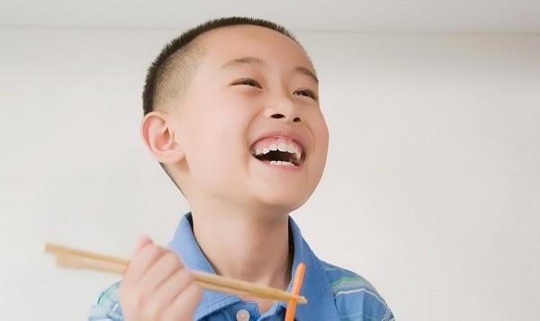 5 cách trị trẻ biếng ăn ở trẻ hiệu quả cho mẹ