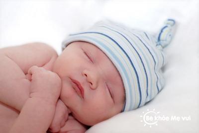 Giấc ngủ của trẻ sơ sinh những điều mẹ cần biết