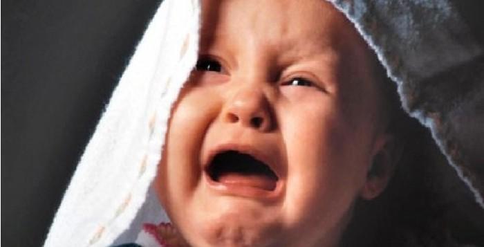 Nguyên nhân vì đâu trẻ quấy khóc về đêm