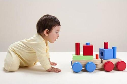 Bí quyết chăm sóc bé từ 1 - 3 tuổi