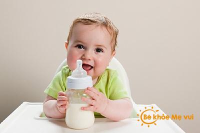 Hướng dẫn mẹ chọn sữa tươi cho bé