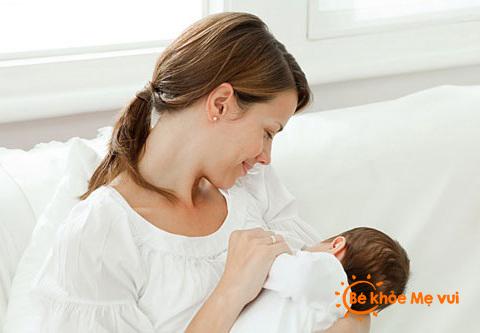 Dinh dưỡng cần thiết cho bà mẹ sau sinh