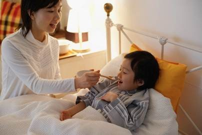 Giúp mẹ khỏe mạnh để chăm con ốm