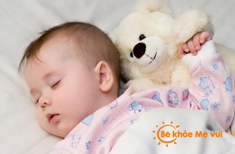 Kinh nghiệm chăm sóc trẻ sơ sinh mùa đông
