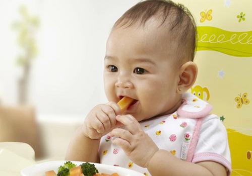 bí quyết giúp bé biếng ăn ăn ngon