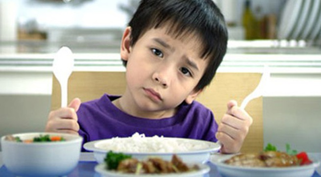 nguyên nhân trực tiếp khiến trẻ biếng ăn