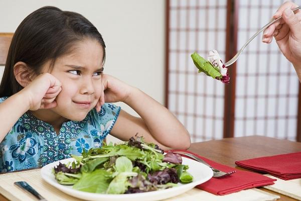 trẻ biếng ăn nên dùng thuốc 1