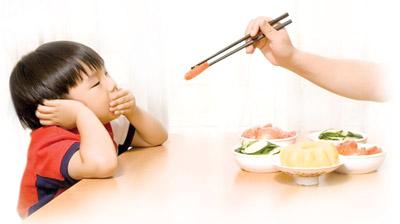 trẻ biếng ăn nên dùng thuốc gi 1