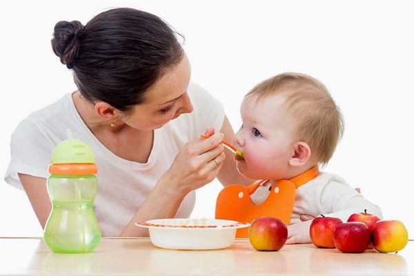trẻ biếng ăn nên dùng thuốc gì
