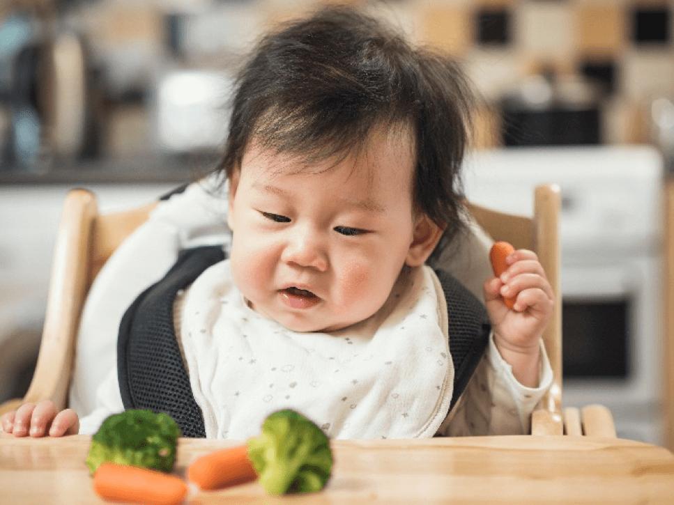 trị biếng ăn ở trẻ 1 tuổi