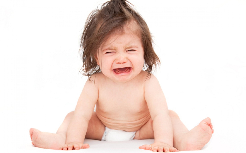 bé bị rối loạn tiêu hóa mệt mỏi quấy khóc