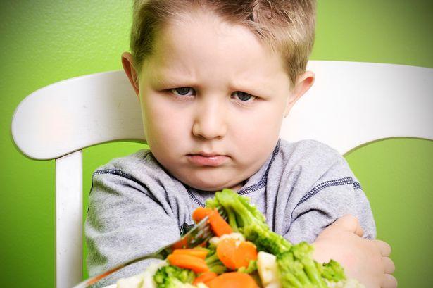 tại sao trẻ biếng ăn mệt mỏi