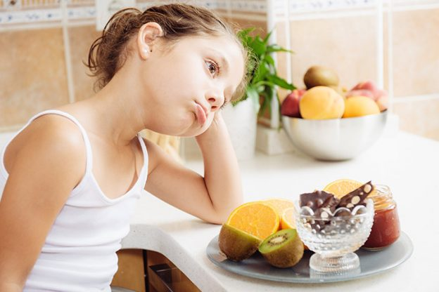 Đi tìm lời giải cho câu hỏi, tại sao trẻ biếng ăn