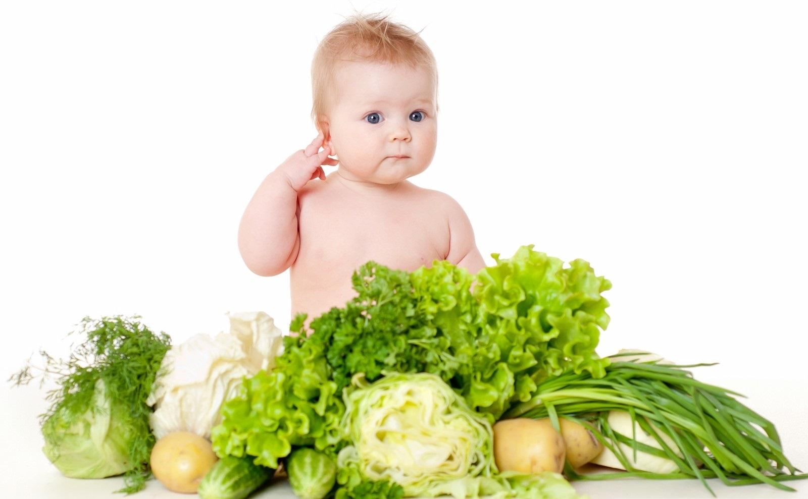 chế độ ăn nhiều rau củ giúp trị bệnh táo bón ở trẻ