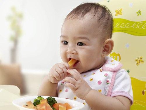 rối loạn tiêu hóa ở trẻ khiến trẻ biếng ăn