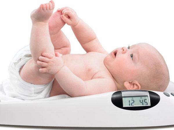 mẹo hay cải thiện tình trạng bé biếng ăn chậm tăng cân 1
