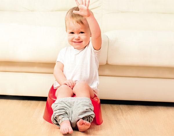 trị táo bón cho bé 6 tháng tuổi