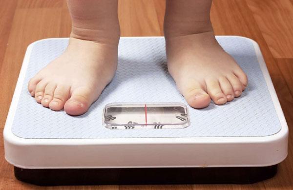 Các cách giúp bé tăng cần dù ăn hoài vẫn không lớn