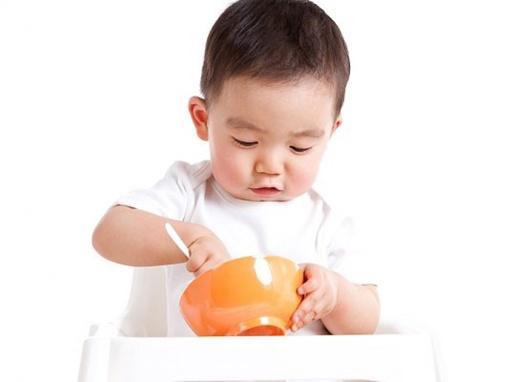 thực đơn cho bé 2 tuổi an toàn